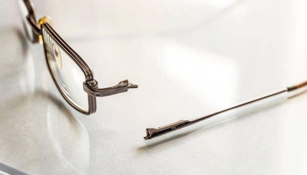 Petites réparations de vos lunettes au Togo et au Bénin